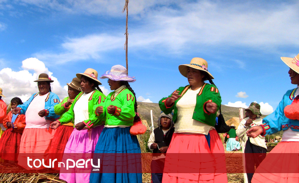 Experience the Tour of Lake Titicaca in One Full Day