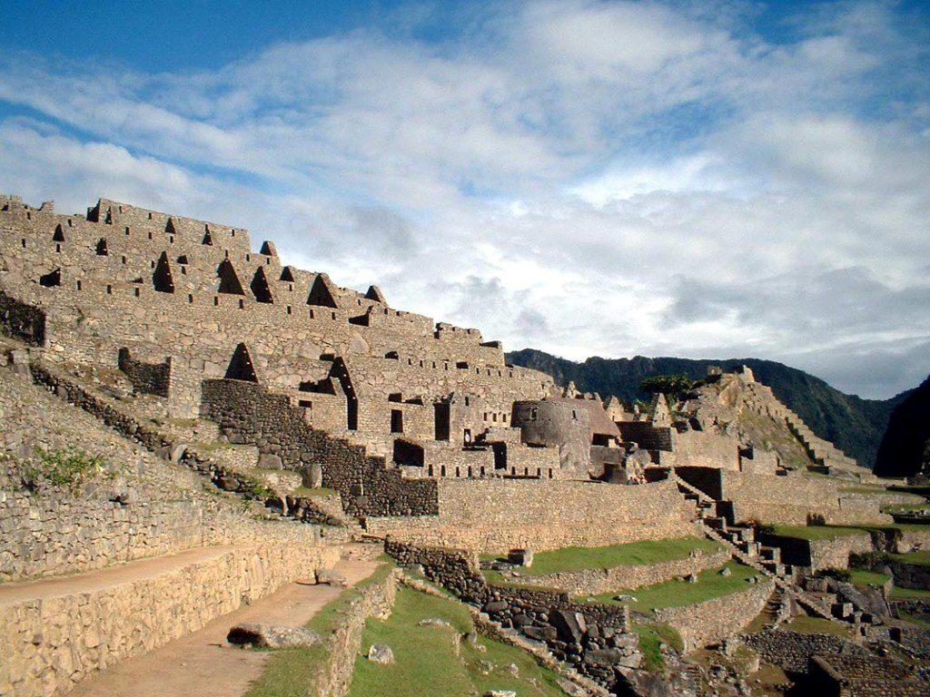 Top 5 Reasons to Visit Machu Picchu
