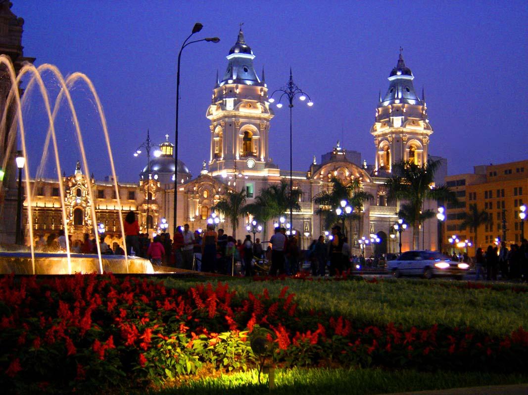 lima-plaza-de-armas_4665_3