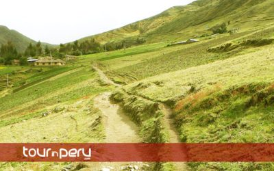 Hike the LARES Trek to Machu Picchu 4 days 3 nights