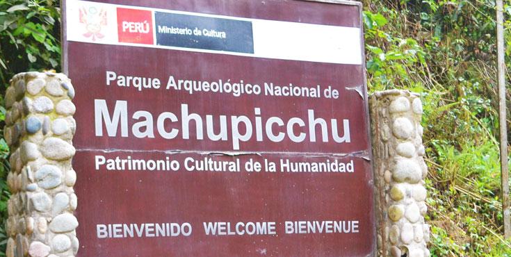 MACHU PICCHU Sanctuary: WORLD HERITAGE SITE of the Inca Civilization
